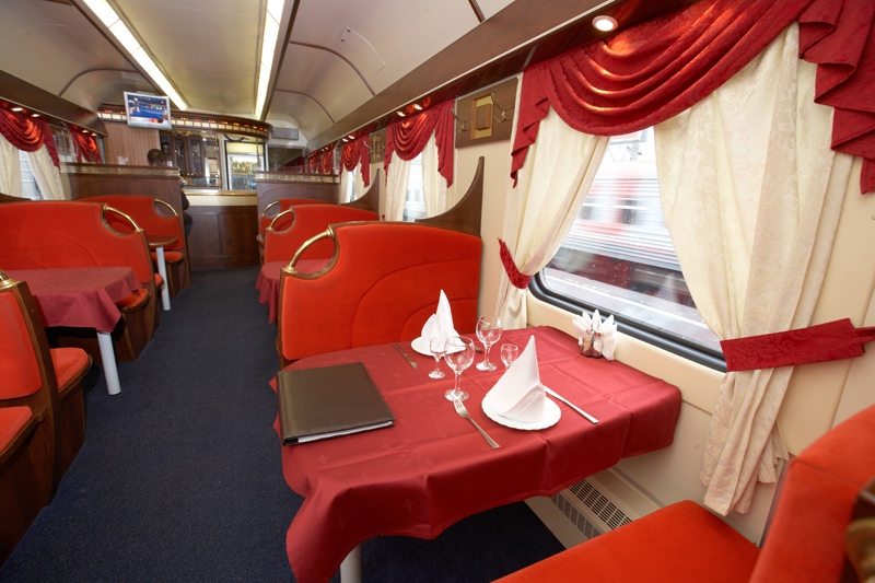 Russian trains - Wagon restaurant in Grand Express